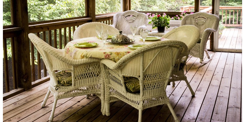5 Steps to Spring Cleaning your Deck!